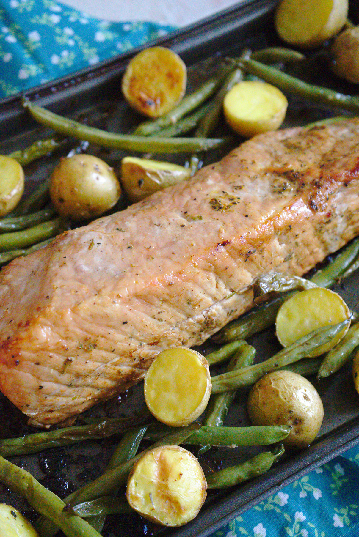 Sheet Pan Garlic Herb Pork and Veggies