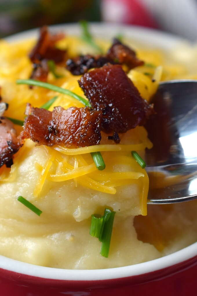 Beer Cheese Mashed Potatoes