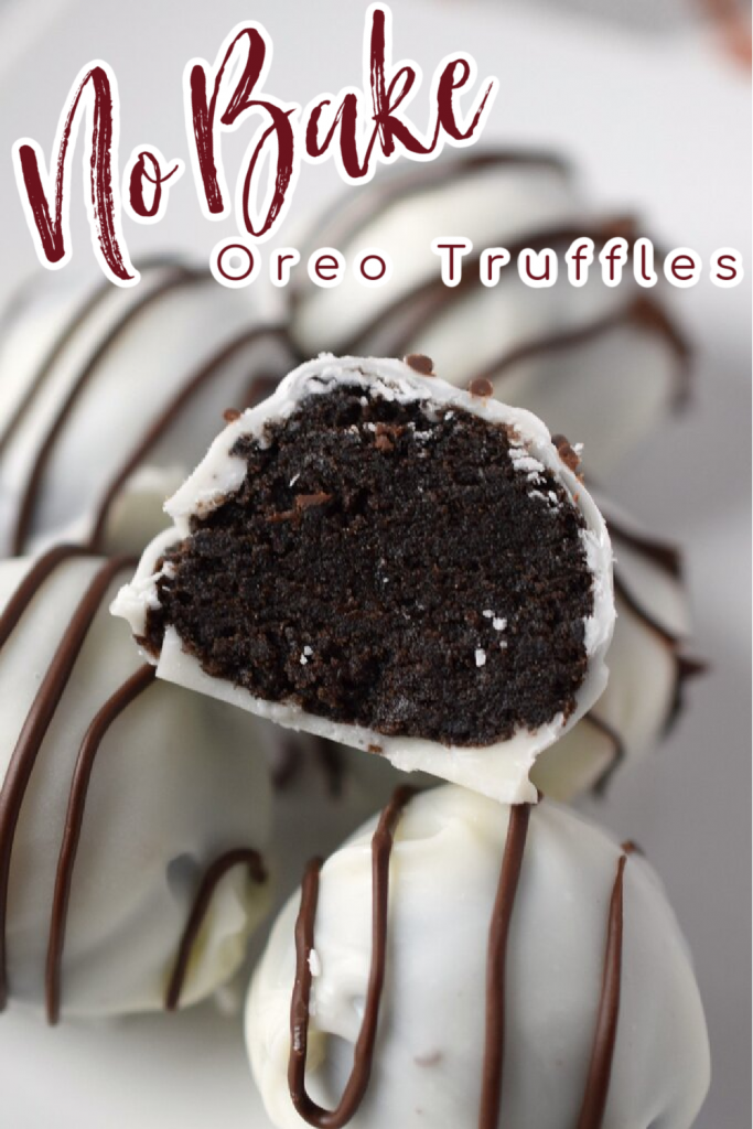 Oreo Truffles – No bake truffles made from oreos and topped with white chocolate and a drizzle of chocolate! These truffles are perfect for the holidays or as a dessert for any party! Oreo Truffles   No Bake Truffle Recipe   Oreo Cookie Truffles